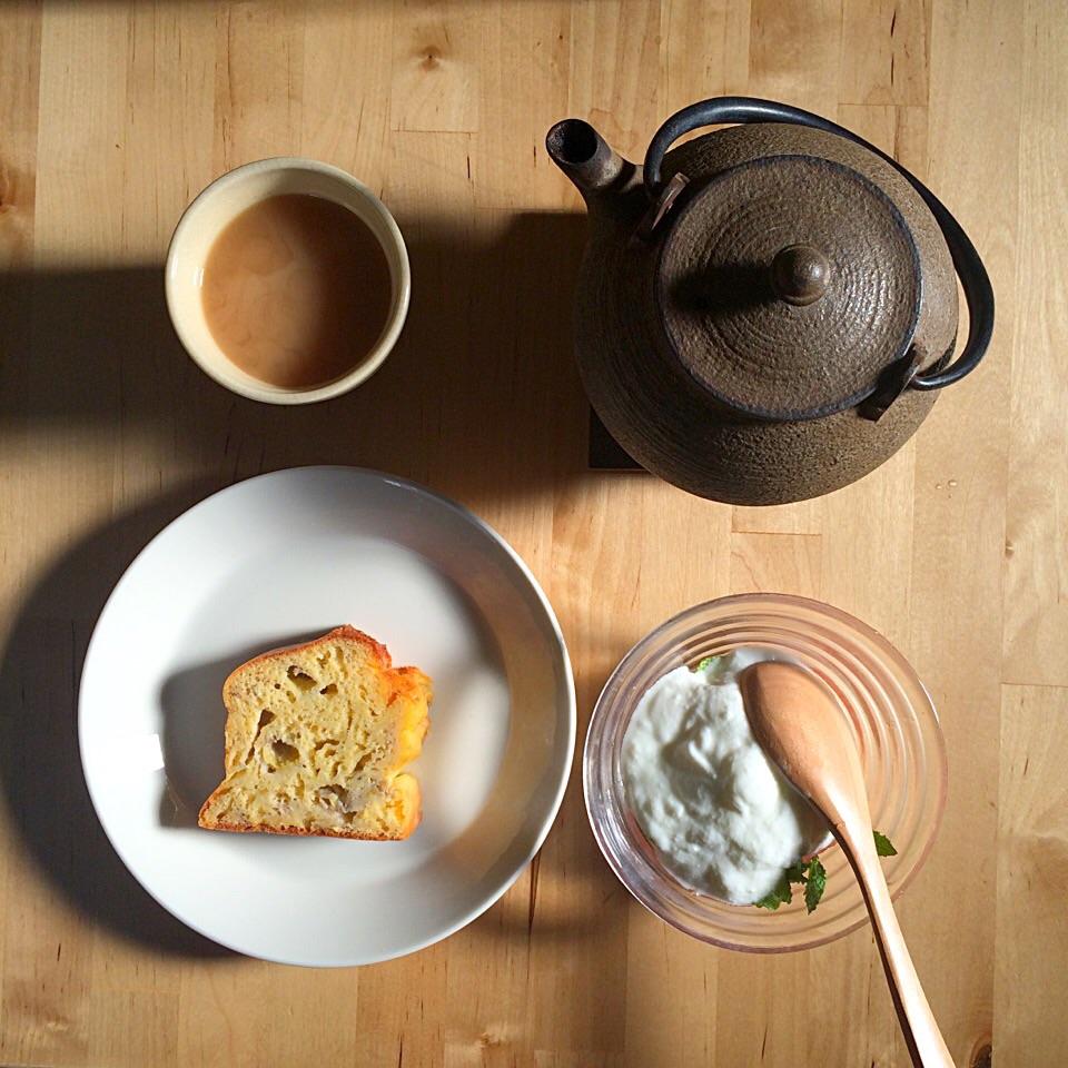 バナナのケークサレの朝食