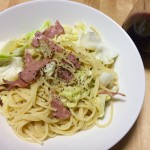 【レシピブログ】キャベツとモルタデッラの豆乳チーズソース×チリのBOX赤ワイン