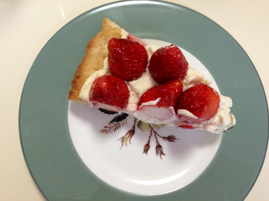 Strawberry Mascarpone Pie