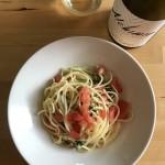 トマトとセロリの冷製スパゲッティ × フランスの白ワイン
