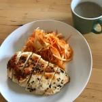 【レシピブログ】鶏胸肉のソテー × 山梨の赤