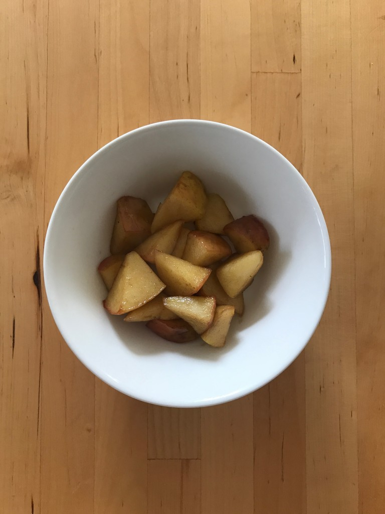 りんごのコンポート オールスパイス風味