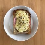 【レシピブログ】ハムチーズトーストの朝食