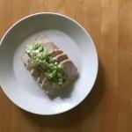 【レシピブログ】レモン風味の鶏ハム ねぎ塩レモンソース × イタリアの白