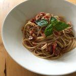 【レシピブログ】トマトとツナの冷製パスタ × スペインのロゼ泡